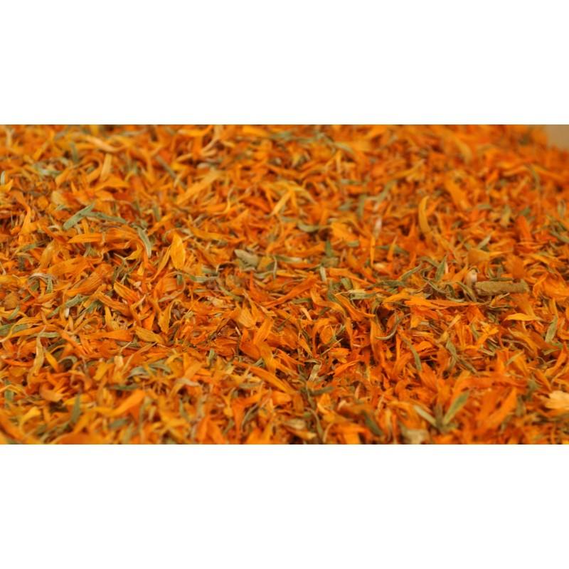 Fiori secchi di calendula in taglio tisana